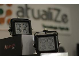 farol de led Quadrado / 4 LED BI-VOLT  (PAR)